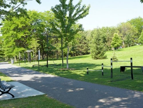 Outdoor fitness equipment for Montreal parks