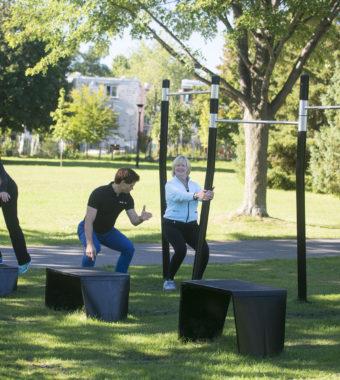 Journal du lac St-Jean - Le circuit d'entraînement utilise... Les bancs de parc